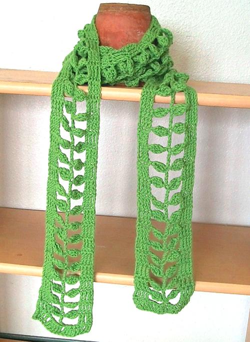 Little Leaves Stitch & Scarf - Free Pattern