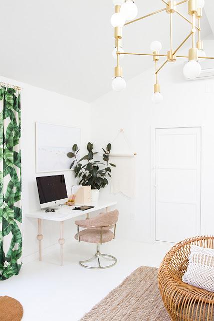 Stil contemporan i feminin n biroul de acas al sarei for Al saffar interior decoration l l c