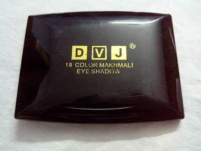 DVJ 18 color eye shadow palette