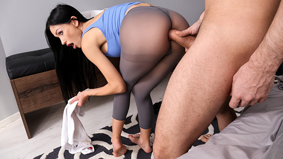 [Brazzers] Sasha Rose - Roommates With Anal Benefits