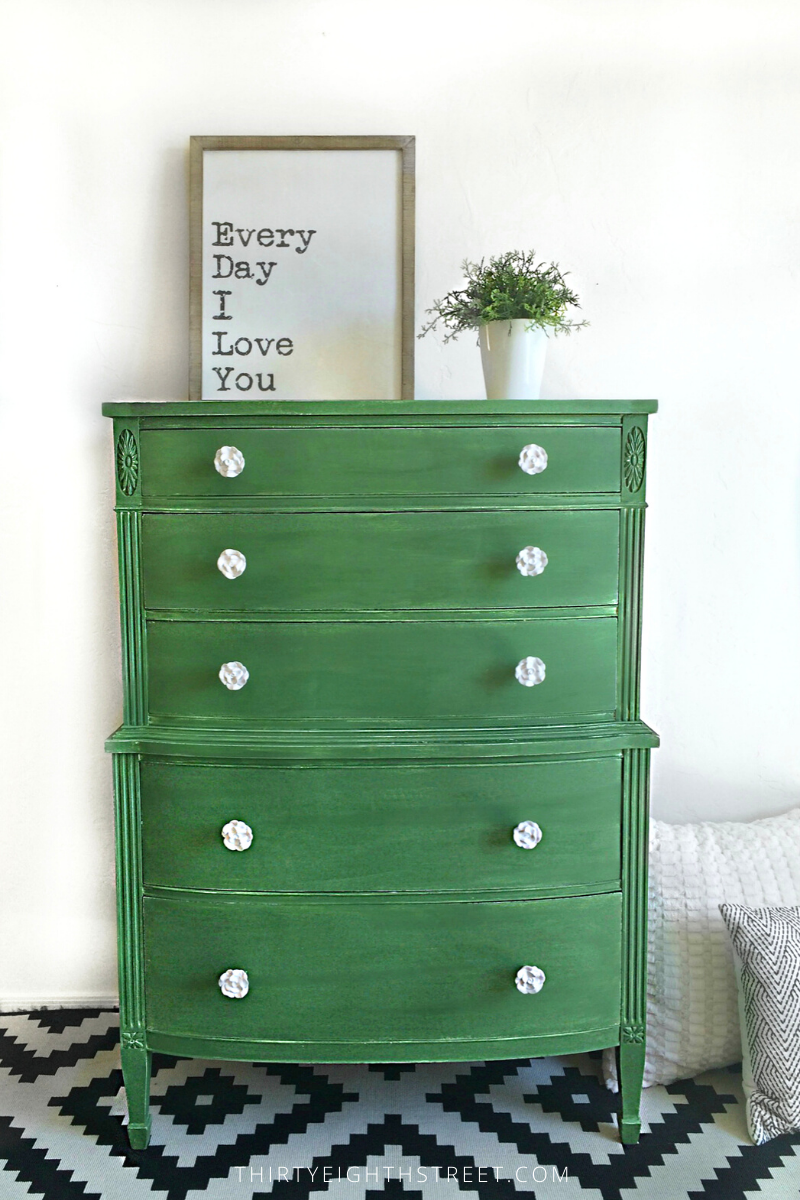 painted dresser, dresser makeover, green dresser makeover, painting furniture, furniture inspiration, before and after furniture pictures