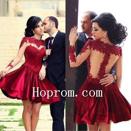 فستان احمر غامق بتصميم انثوي رائع موديل 2020-min