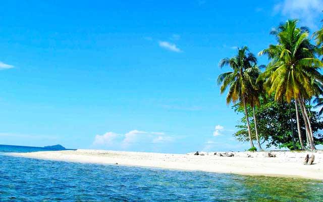 Keindahan Pulau Randayan di Kalimantan Barat