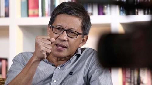 Sindir Ngabalin, Rocky Gerung: Tidak Cukup Otaknya, tapi Mau Komentari Semua Masalah Berat