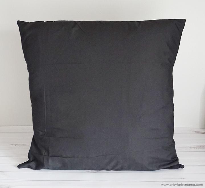 DIY Reindeer Prance Pillow with Free Cut File