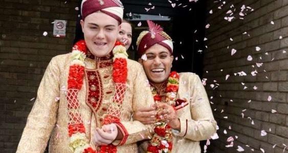 Kisah Disebalik Perkahwinan Pasangan Gay Muslim Pertama Di England