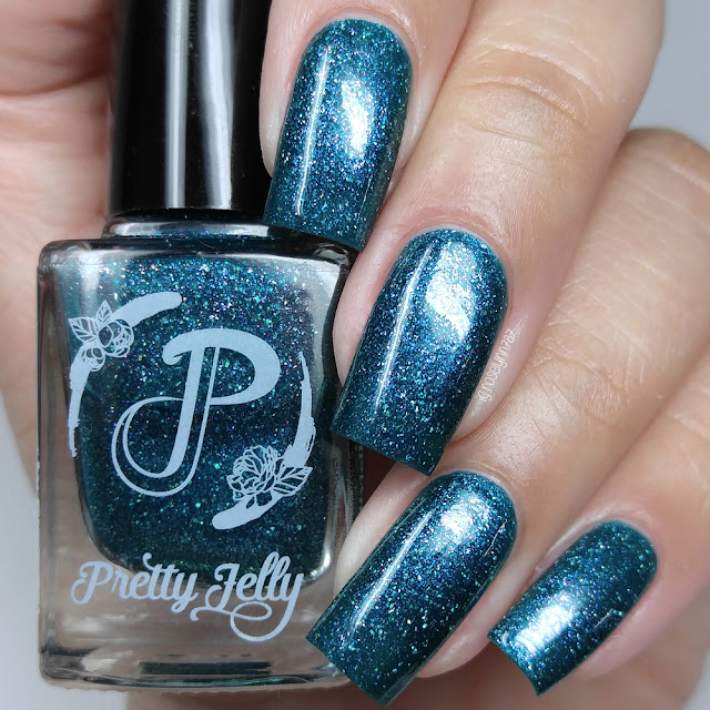 Pretty Jelly Nail Polish - Porpita Porpita