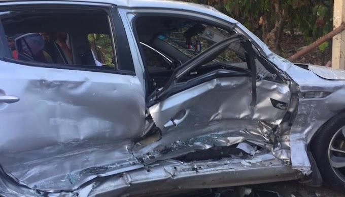 Mueren dos personas y tres resultan heridas en accidente en Autopista Duarte