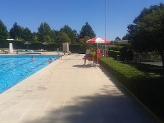 Nadador Salvador da piscina Parque Campismo Vouzela