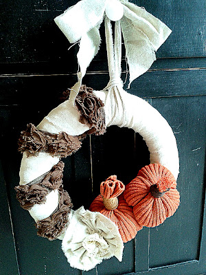 Shabby Fall Wreath with Sweater Pumpkins www.diybeautify.com