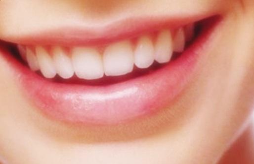 warna bibir indah cerah merah alami