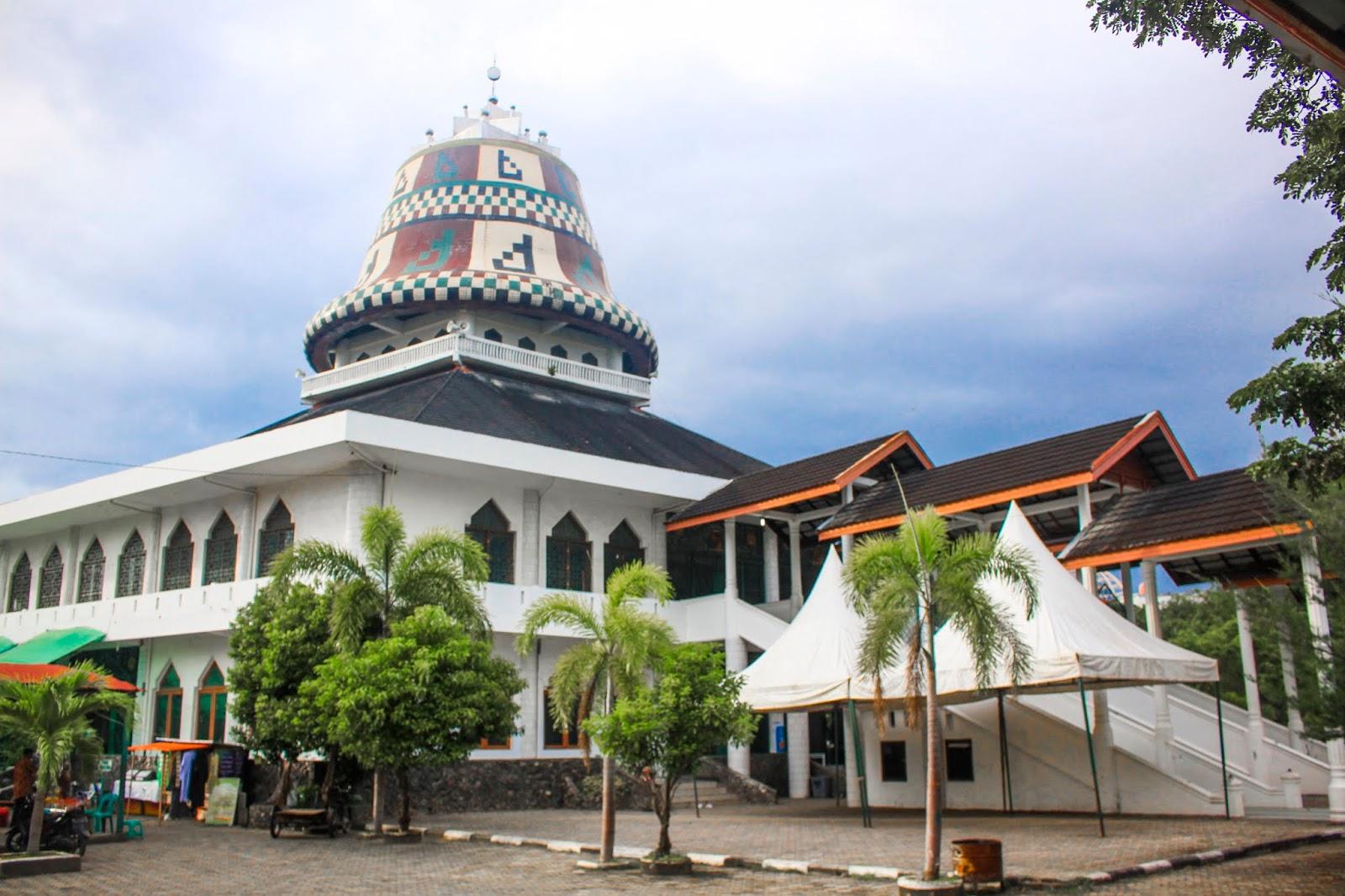 Pesona Masjid Teuku Umar Masjid Sang Pahlawan Jak Wisata