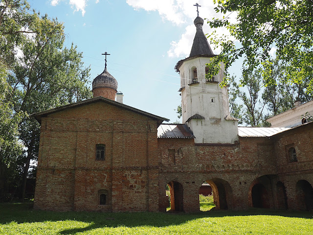 Великий Новгород, церковь Михаила Архангела (Veliky Novgorod, the Church of Michael the Archangel)