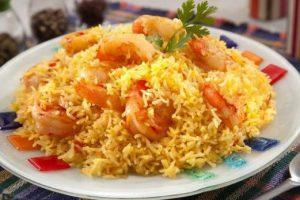 لكل من يعشقون الوجبات البحرية طريقة عمل برياني الجمبري بمناسبة شهر رمضان