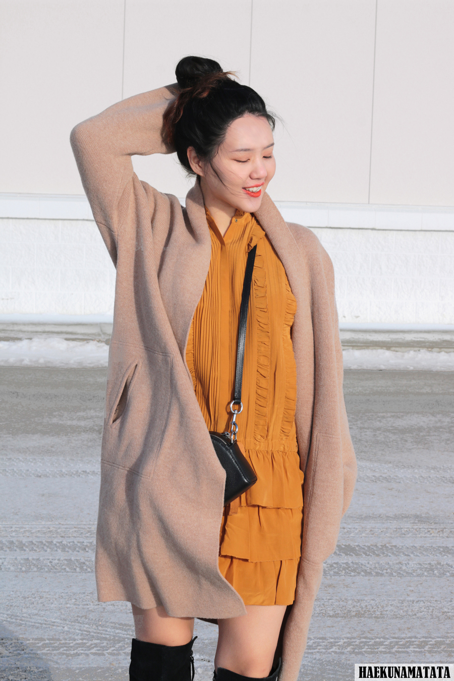 Ulla Johnson Ruffle Dress, Madewell Shawl Sweater coat, Marc Jacobs Shutter Bag, Knee High Boots Blogger Style OOTD
