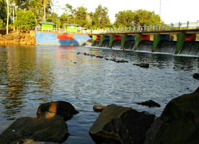 Wisata danau kemuning sribhawono