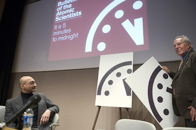 "Scientists: ""Doomsday Clock"" reflects grave threat to world"