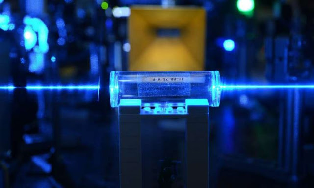 Scientists Are Developing A Quantum Sensor Capable Of Picking Up All Radio Frequencies