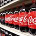 Ventas trimestrales de Coca-Cola caen 8 pct, golpeadas por fortaleza del dólar