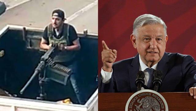 amlo y hombre con metralleta