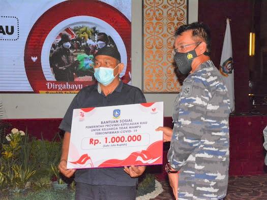 Dihadiri Lantamal IV Tanjungpinang, Pemprov Kepri Luncurkan Bansos Untuk Keluarga Yang Terpapar Covid-19