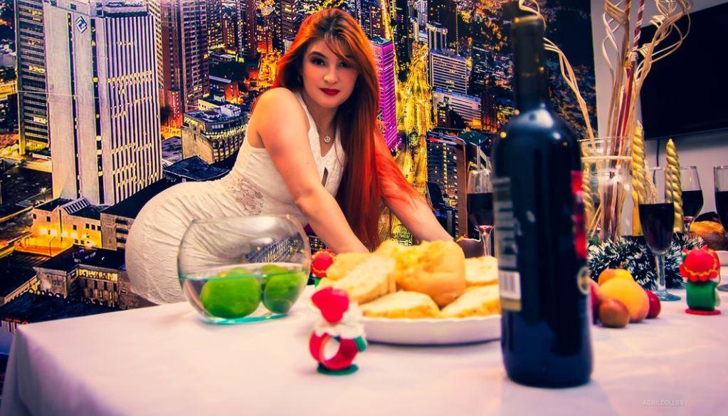 https://www.glamourcams.live/chat/AbrilCollss