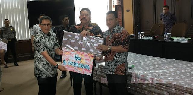 Kejagung Setorkan Rp 477 M Uang Korupsi Kokos Leo Lim Ke Kas Negara