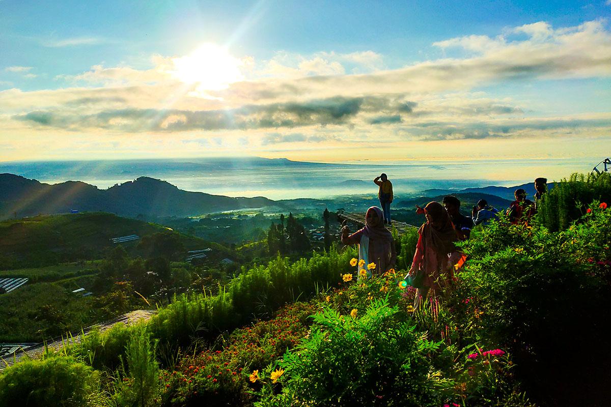 pemandangan-silancur-highland-magelang