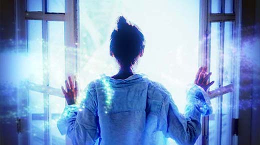 La mujer aterrorizada de otro universo que se despertó aquí