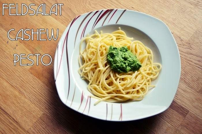 Pasta mit Feldsalat-Cashew-Pesto