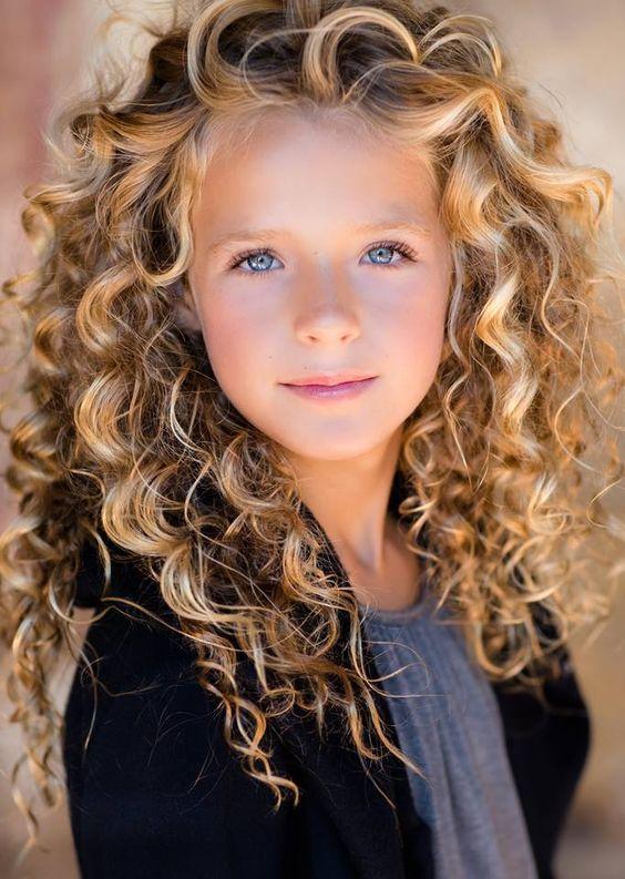 Acogedor peinados pelo largo rizado Fotos de cortes de pelo tendencias - La moda en tu cabello: Peinados para niñas con pelo rizado