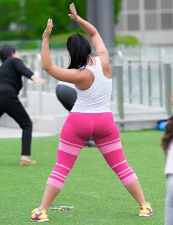 Mujeres lindas nalgonas haciendo ejercicio ropa pegada