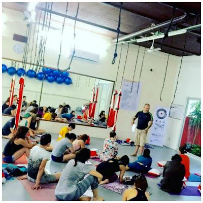 yoga, yoga aérien, air yoga, flying yoga, fly, formation yoga aérien, yoga aérien france, yga france, yoga paris, yoga montreal, santé, stage yoga, stage yoga aérien, pilates aérien, fitness aérien