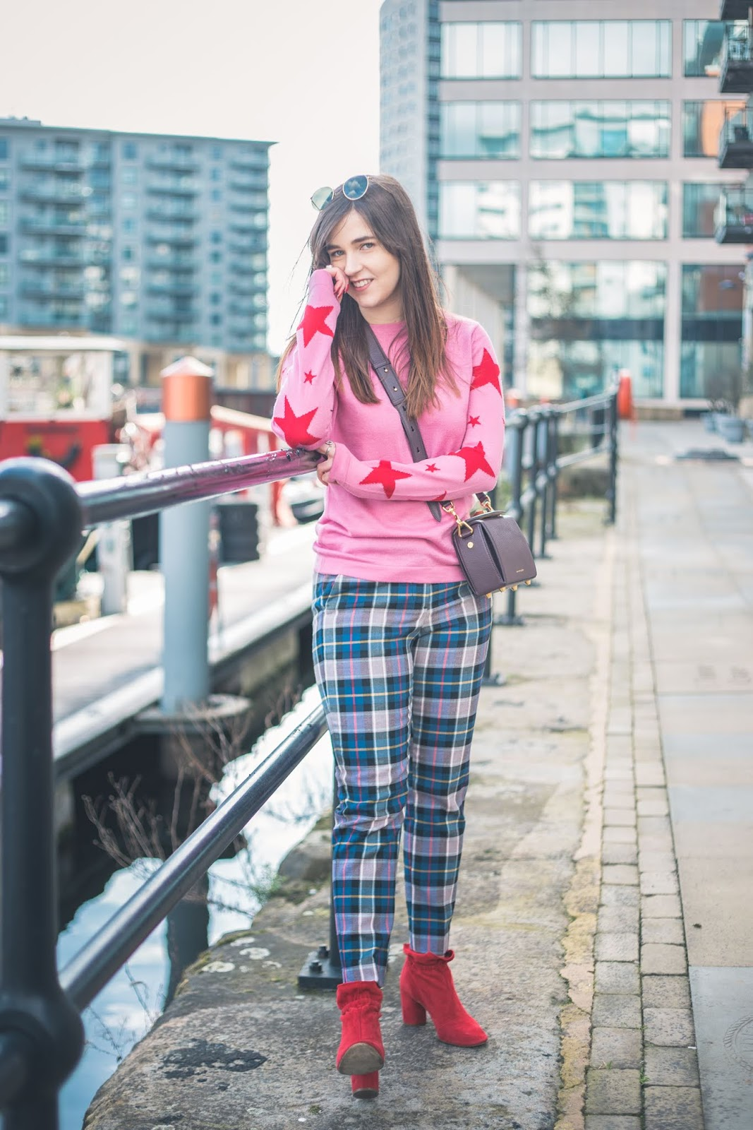 colour clash outfit