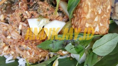kuliner, mojokerto, wisata, foto, nasi pecel, pacet, pacet mojokerto, bunderan pacet, nasi pecel pacet, kuliner mojokerto