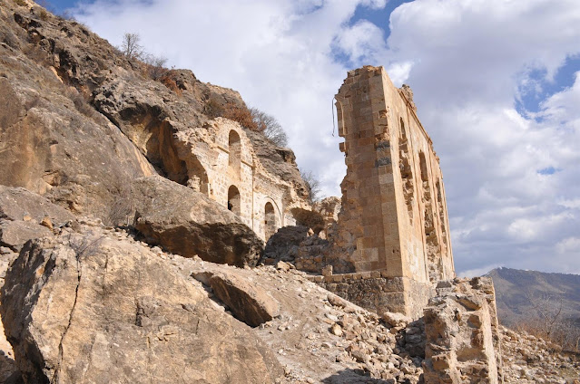"""Ελληνορθόδοξη εκκλησία στον Πόντο θύμα """"κυνηγών θησαυρών"""""""