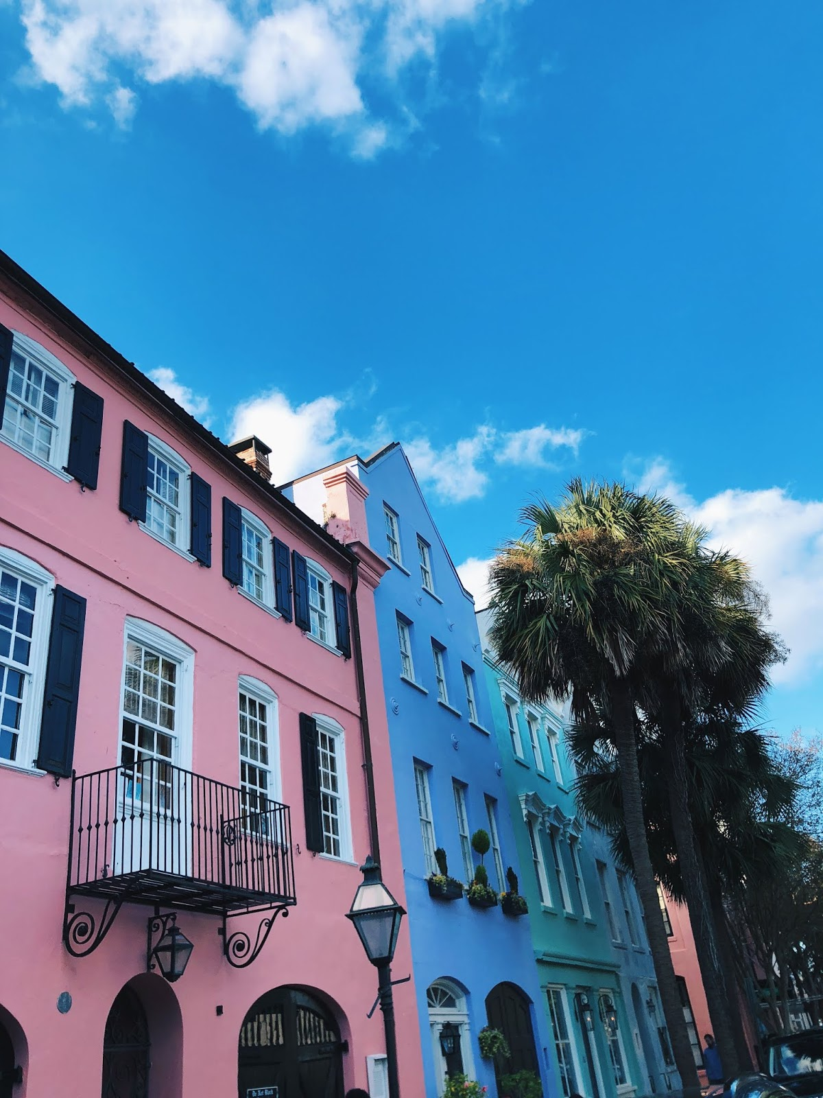 Colorful buildings on rainbow row in Charleston, SC