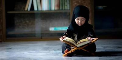 Anak membaca Ta'awudz