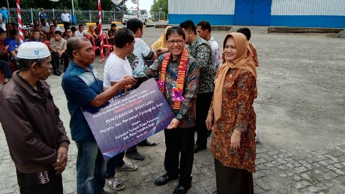 Empat Kelompok Nelayan Sinjai Terima Bantuan dari BI