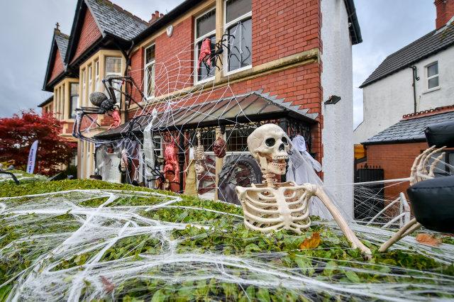 Hooky, cokey Halloweenand ourfire breakerlockdown