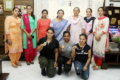Shooting team of HMV won medals in District Shooting Championship