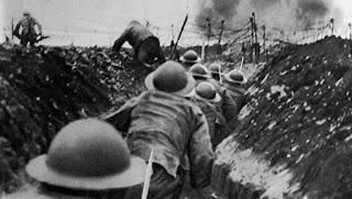 Soldados en las trincheras durante la batalla del Somme