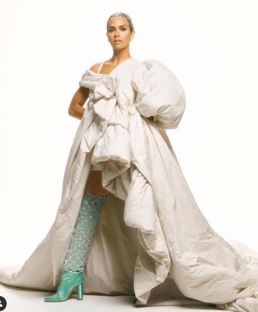 Vestido-mascarilla 2020 de Cristina Pedroche