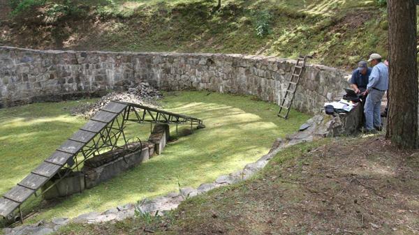 Hallaron en Lituania un túnel excavado con cucharas por prisioneros judíos en la época nazi