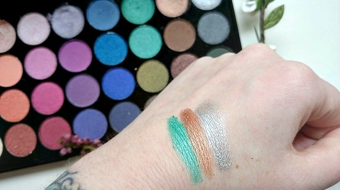 Eyeshadow swatches, Mermaids Forever palette, Makeup Revolution