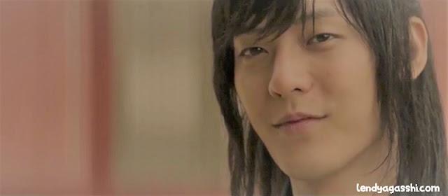 Tae Yool (Jang Hyuk) muda : Film The Swordsman 2020