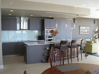 Cocina gabinetes grises