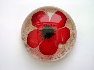 Ashes and Poppy flower paperweight