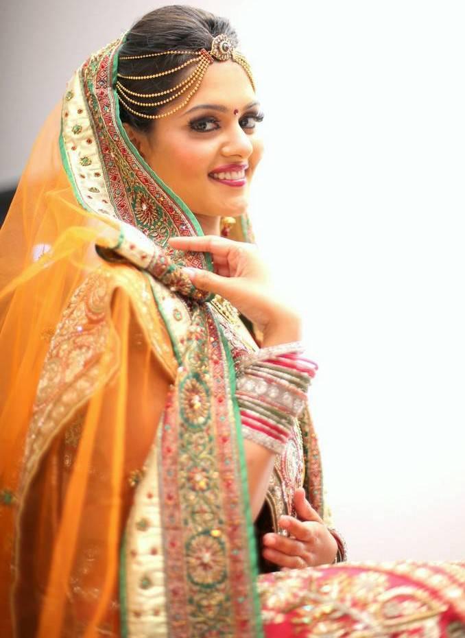 actress swathishta krishnan photoshoot photos in