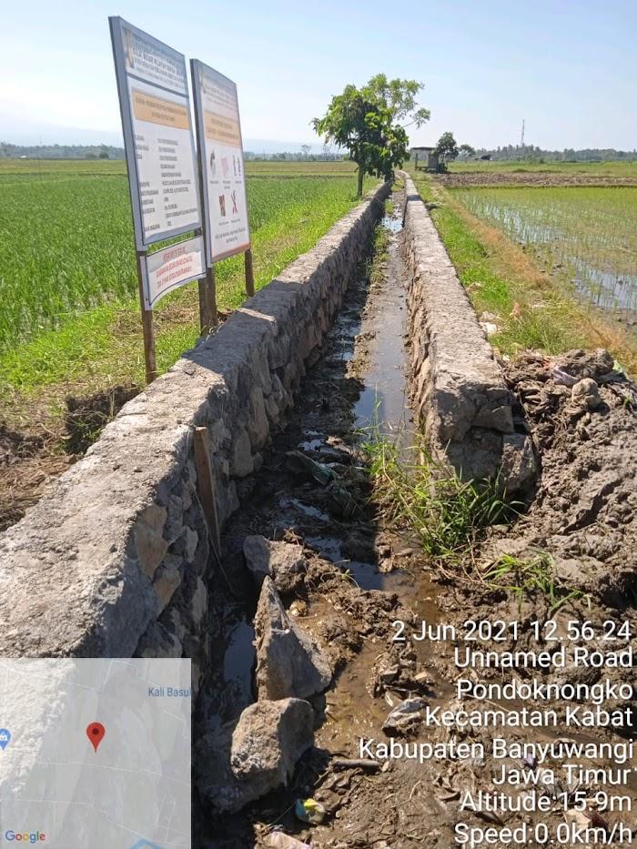 Pengerjaan Proyek P3A-TGAI Pondoknongko Kabat Banyuwangi, Tanpa Mesin Molen